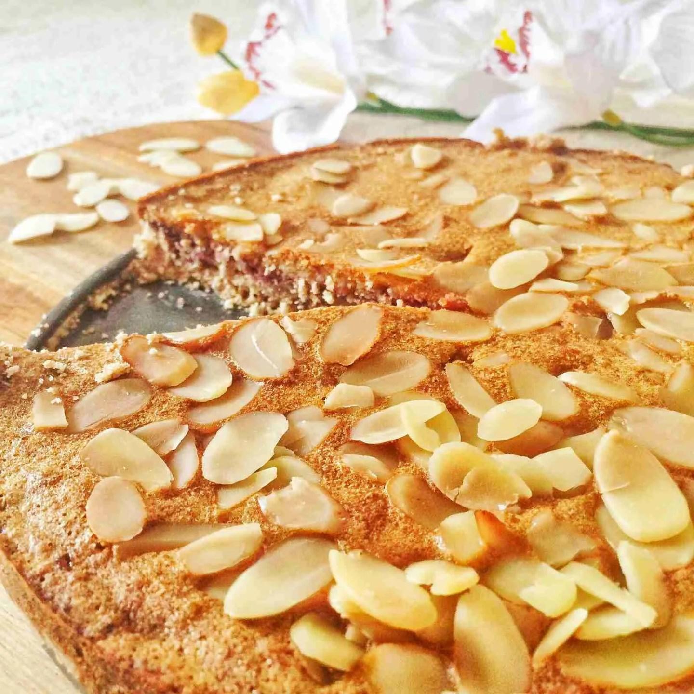 Healthy Raspberry Almond Frangipane Tart Recipe —