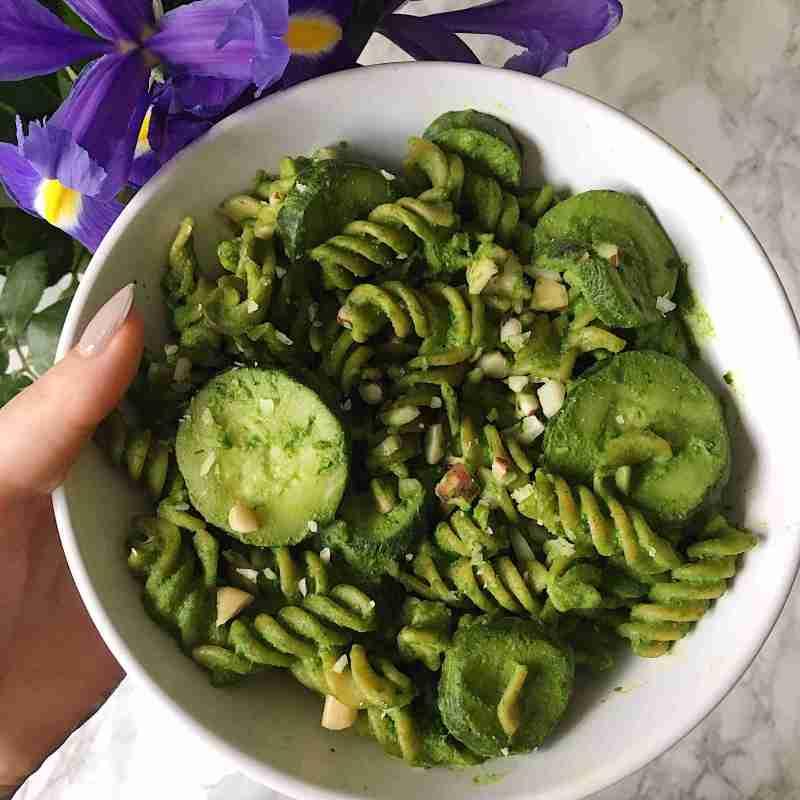 Healthy Spinach Walnut Pesto Recipe