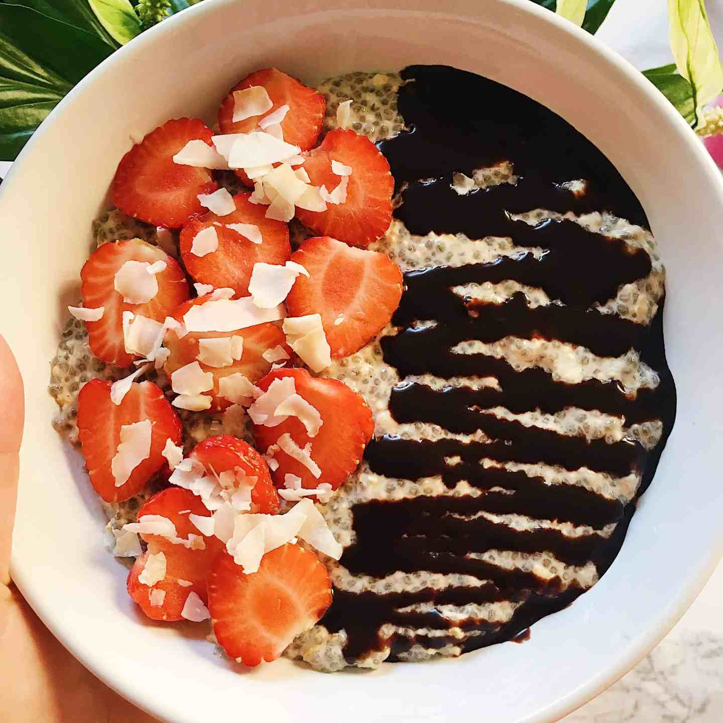 Chia Overnight Oats with Chocolate and Strawberry