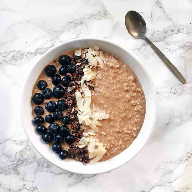 Nourishing Maca, Almond Butter and Cacao Overnight Oats