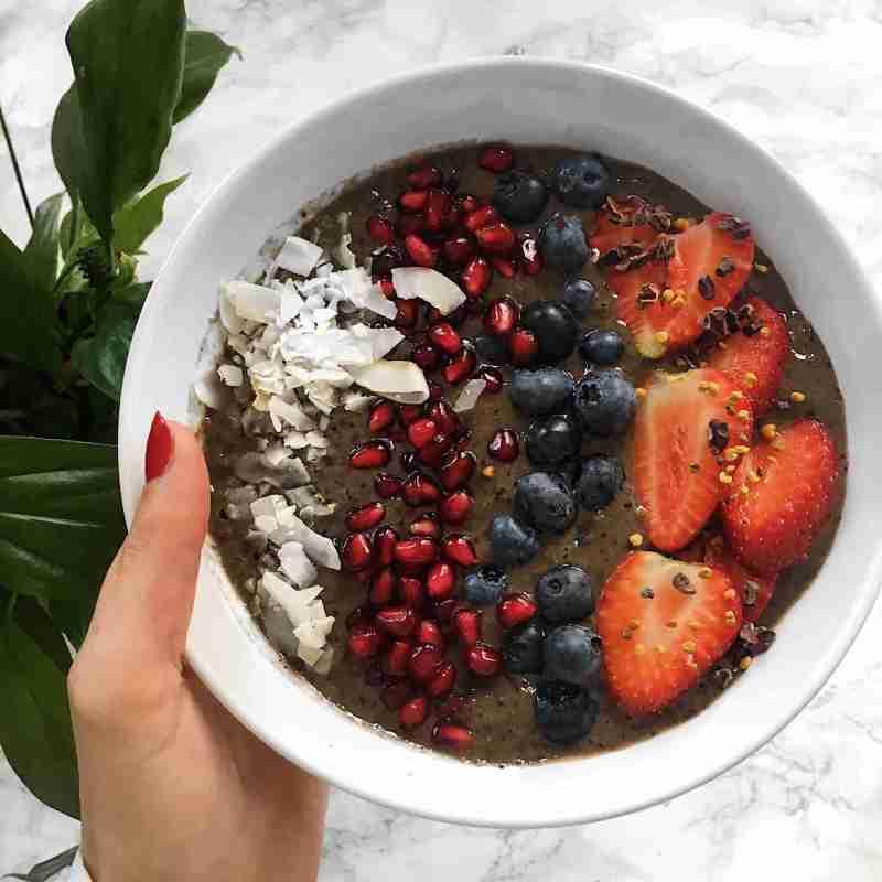 How to Make an Acai Bowl - vegan
