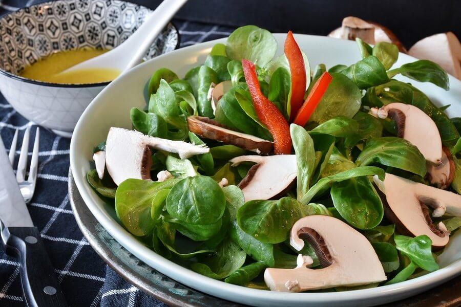 bol salade champignon poivron