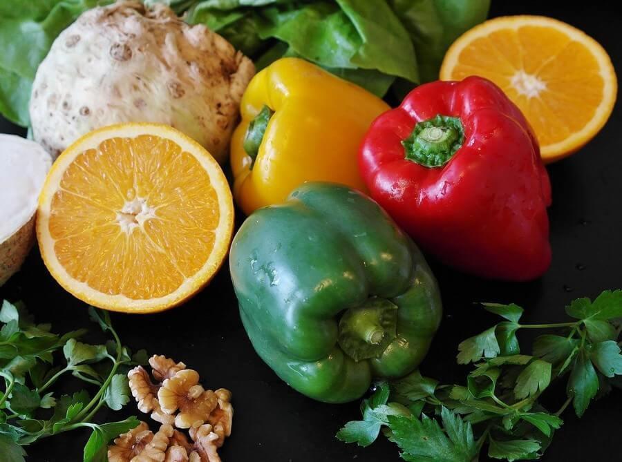 poivron et orange - faim de nutriment