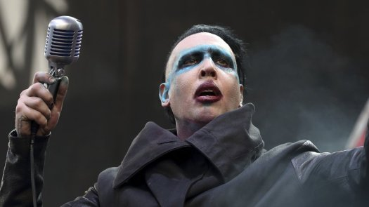 Marilyn Manson Collapses On Stage During Houston Concert