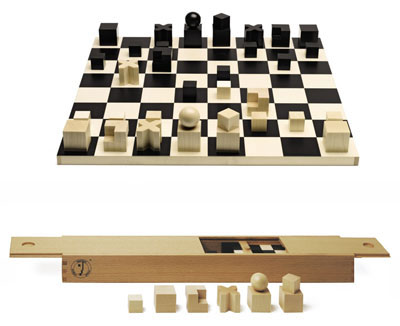 Naef Bauhaus Complete Chess Set With Chessmen And