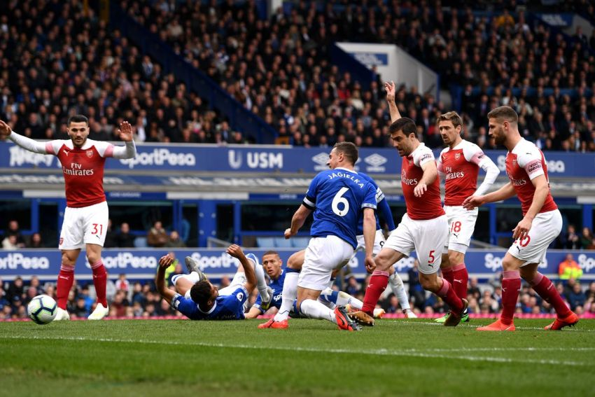Prediksi Bola Everton VS Arsenal - Nova88 Sports