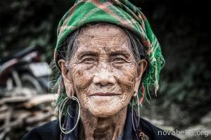 anciana-black-h-mong