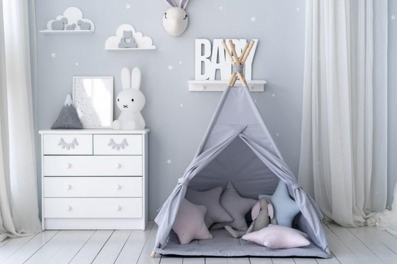 namiot w pokoju chłopięcym