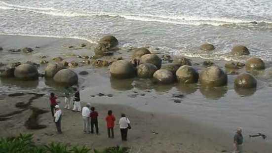 Каменные сферы Коста-Рики.