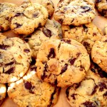 CHOCOLATE CHIP/CHUNK COOKIE