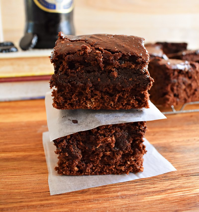 Boozy Chocolate Brownie Cakes