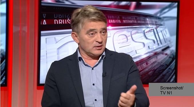 Bivši ambasador u SRJ i žestoki kritičar politike Beograda, posle 8 godina u Srbiji