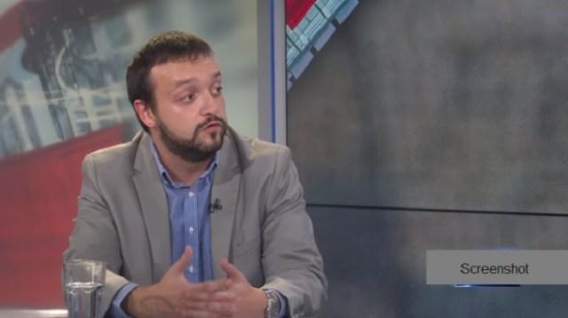 Cezara koji upravlja društvom putem medija: Aleksandar Vučić, najveća zvezda Pinkove Srbije