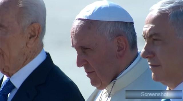 Papa Franja: Velika je čast ako me Amerikanci napadaju
