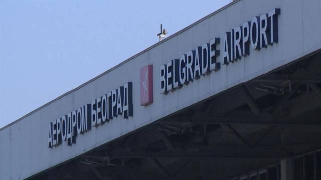 Otvoren aerodrom u Beogradu - obavezne maske, poželjno doći tri sata pre leta