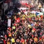 Preko 100 hiljada ljudi na ulicama širom Francuske (VIDEO)