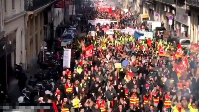 Preko 100 hiljada ljudi na ulicama širom Francuske