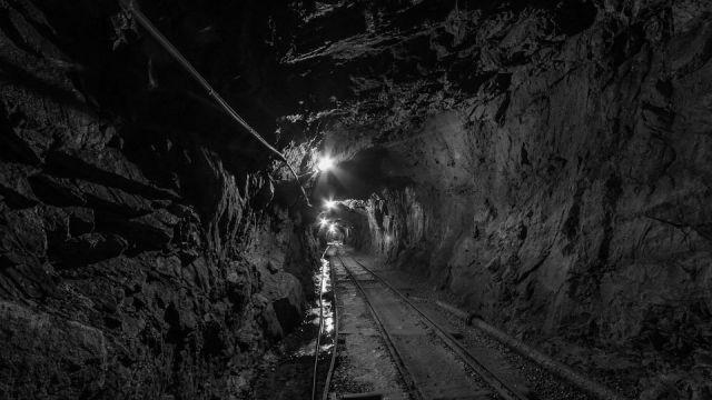 Zlato, bakar, olovo, cink, uran, hrom... Koliko vredi rudno blago Srbije?