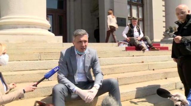 RTS odbila zahtev Obradovića: Ako Vama damo emisiju, moraćemo i Rističeviću