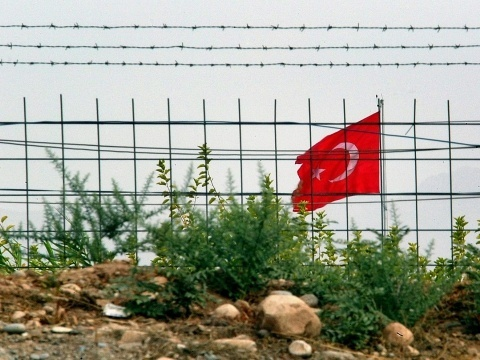 Bulgaria: Greece Increases Border Patrols over Fear of Illegal Immigrants from Egypt