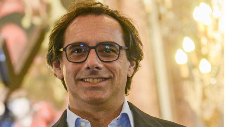Corrado Occhipinti confalonieri scrittore
