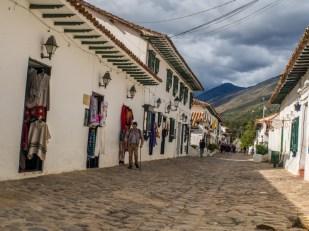 Białe uliczki w Villa de Leyva, podróż Kolumbia