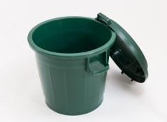 Kompostbehaelter aus Kunststoff mit Deckel 80-L