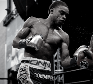 Errol Spence Jr knocks out Carlos Ocampo with body shot in round one