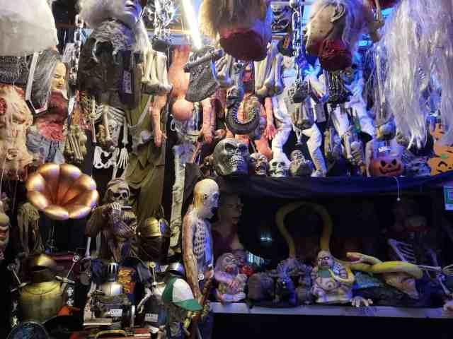 Halloween gear in Shenzhen