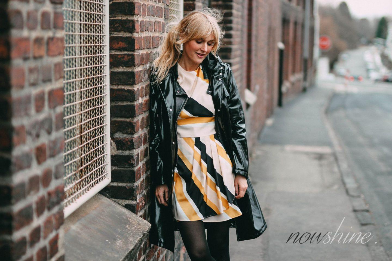 nowshine-outfit-fuer-den-osterbrunch-vinyl coat - ue40-mode ue40-blog
