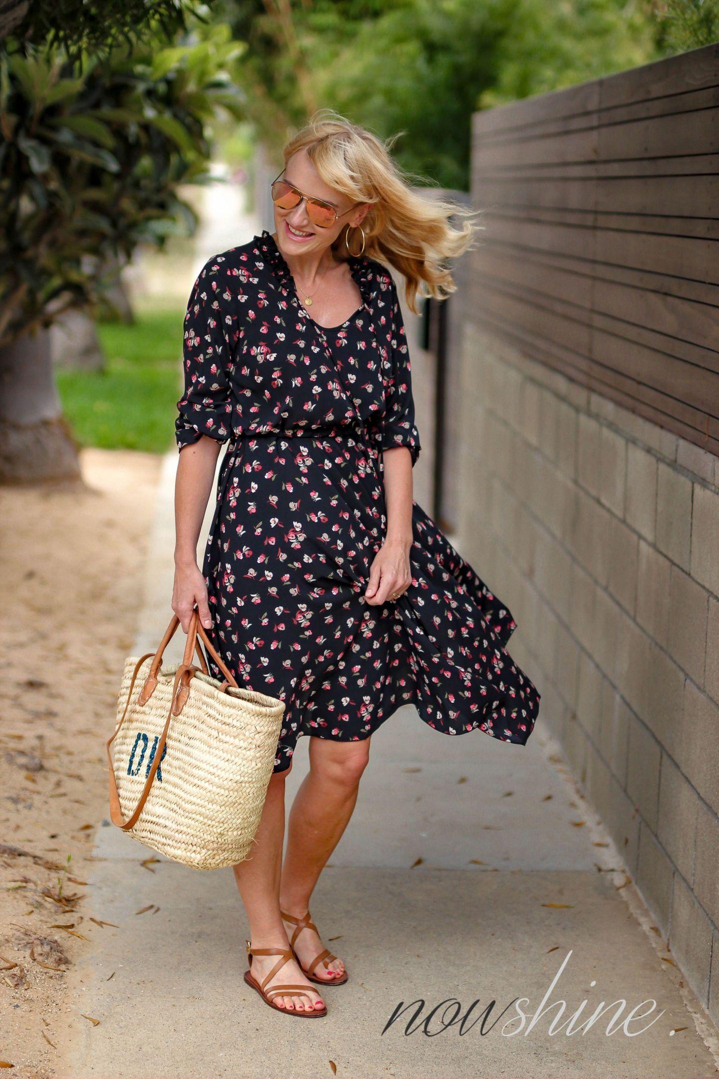 Aus dem WENZ Katalog - Kleid mit Blumen in Venice Los Angeles - Nowshine ü 40 Reiseblog