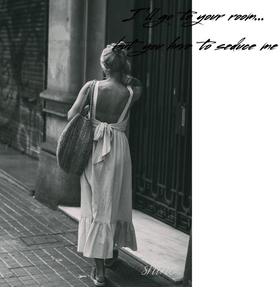 Kurztrip nach Barcelona - Nowshine Reisetipps - Kleid rückenfrei von H&M