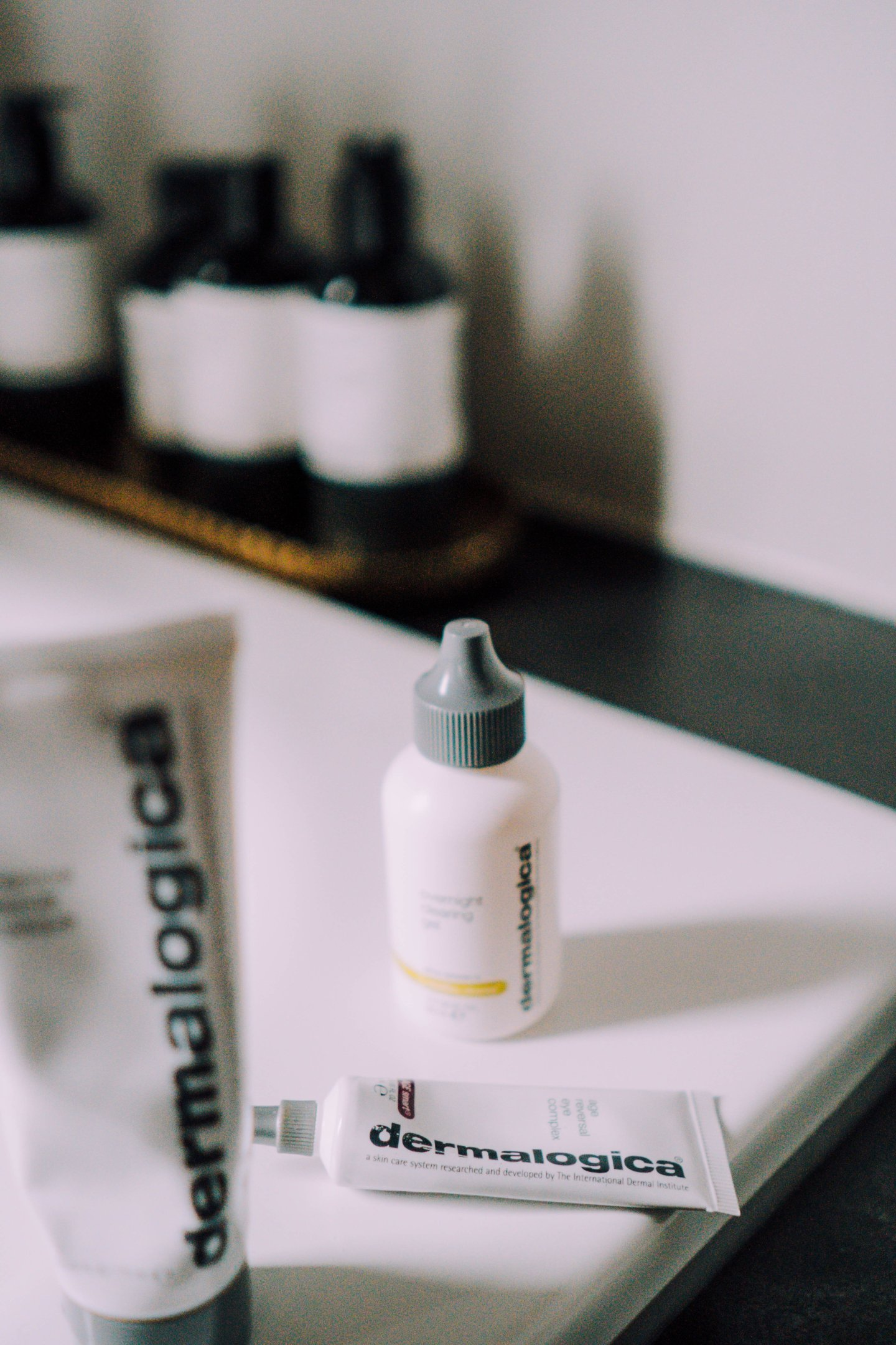 Dermalogica Top 3 Produkte - Nowshine Beauty Blog über 40 - Overnight Clearing Gel. Age reversal Eye Complex - Charcoal Rescue Masque