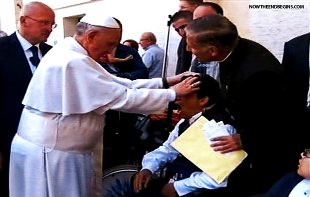 -Papa-francisco-aprueba-asociación con las organizaciones internacionales-exorcismo-group-vaticano