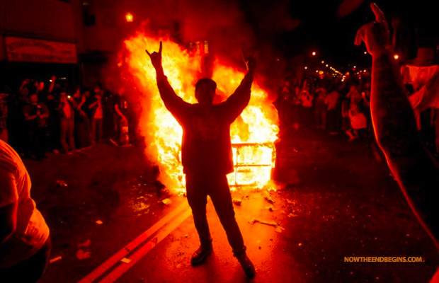 giants-win-world-series-2014-celebration-fan-turn-violent-gunshots-stabbing-set-on-fire-san-fransisco-devils-horns