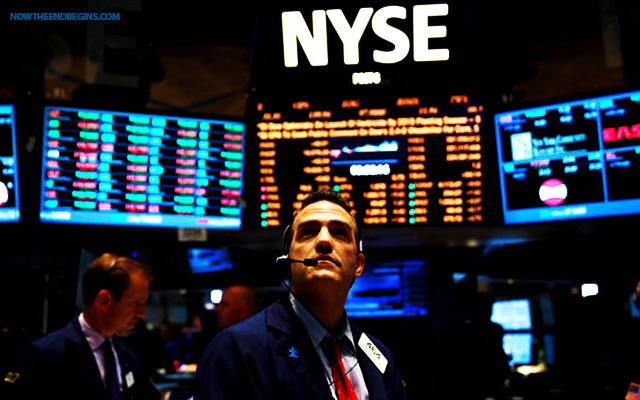 stock-market-drops-500-points-oil-down-chinese