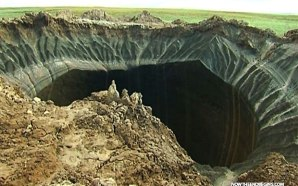 scientists-baffled-by-giant-hole-in-earth-opened-up-russia-siberia-yamal-end-of-the-world-new-holes-appear-02