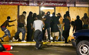 ferguson-protesters-looting-stealing-smashing-windows-no-peace-justice-mayhem