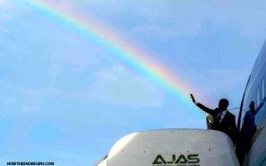 white-house-tweets-photo-of-obama-casting-a-rainbow