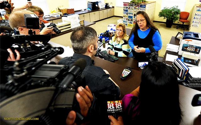 rowan-county-clerk-kim-davis-arrested-for-not-issuing-gay-same-sex-queer-marriage-license-sodom-gomorrah-lgbt-mafia