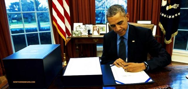 obama-release-527-pages-rules-regulations-one-day