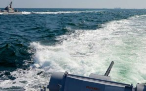 russia-fires-ukrainian-ship-captures-3-vessels-coast-crimea