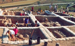 biblical-archaeologists-discover-remains-fortified-city-lakish-built-by-king-solomon-son-rehoboam