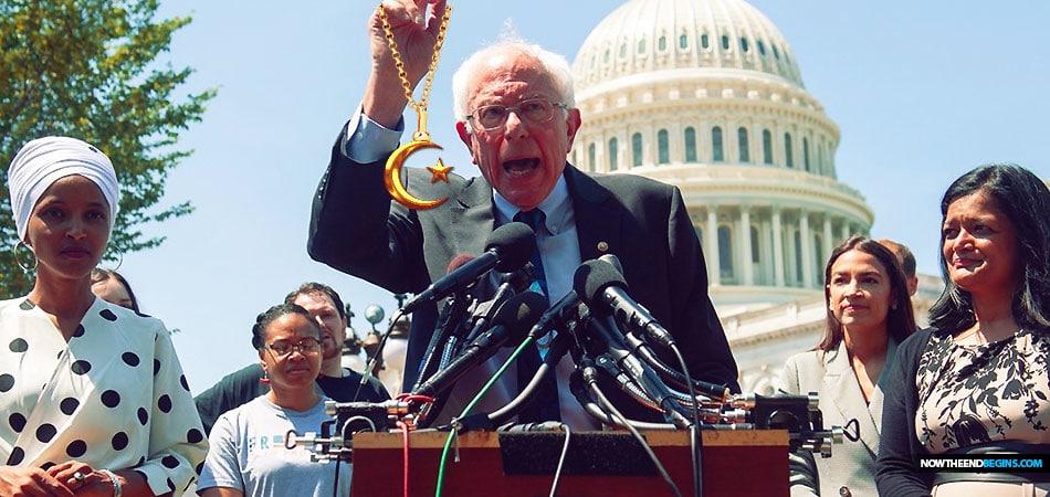Bernie Sanders Endorses the 'Squad' as Democrats Angle to Keep House Majority