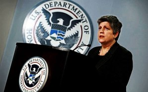 vdhs-janet-napolitano-buying-7000-assault-weapons-rifles-for-personal-defense
