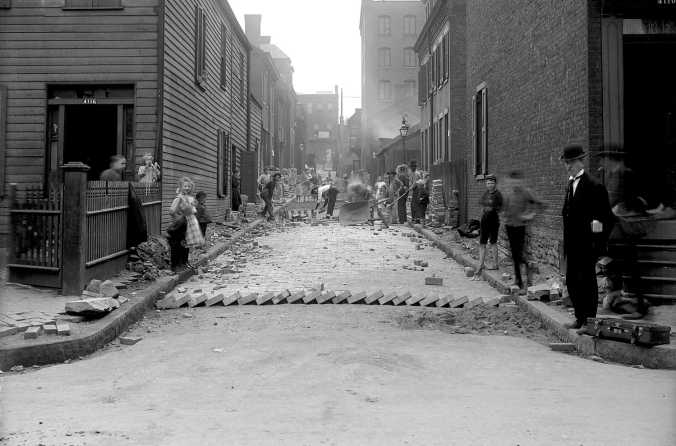 This week we stroll down the alley of Pittsburgh's past, picking up a few odd bits. This is Banner Way in Lawrenceville in 1908 as it gets paved in brick. Asphalt covers it now, but the buildings remain. See photo below.