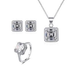 """סט תכשיטים """"ג'ניפר"""" שרשרת, טבעת ועגילים"""