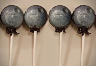 Star-Wars-Death-Star-Lollipops-320x220