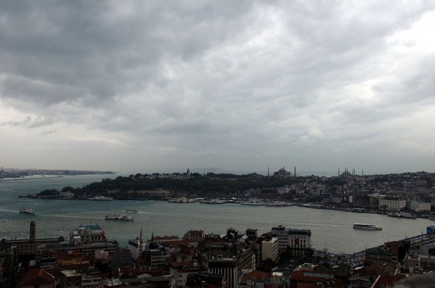 1024px-Istanbul_from_Galata_Tower