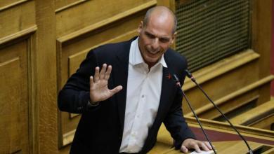 Photo of Βαρουφάκης μετά το Όχι της Μάγδας Φύσσα: «Την τιμά. Οι αγωνιστές δεν αγωνίζονται για καρέκλες»